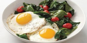 Demir eksikliğini önlemenin yolları (Ispanağı yoğurtla değil, yumurtalı yiyin)
