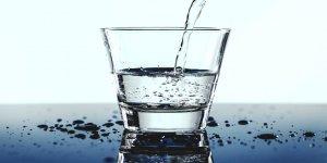 Çok su içmek cildi güzelleştirir mi?