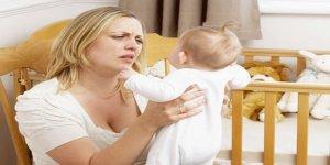 Doğum sonrası depresyonuna yol açan 10 neden