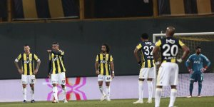 Fenerbahçe, Ümraniyespor'a yine yenilerek Türkiye Kupası'ndan elendi