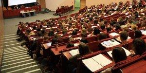 Akademisyenlerden 'cinsiyetçi kültüre karşı başka bir akademi mümkün' kampanyası