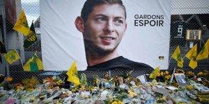 Futbol Dunyası Yasta;Enkazı bulunan uçaktaki ceset Emiliano Sala'ya ait