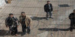 """""""İsrailli şirketler ilaçları Filistinli mahkumlarda test ediyor"""" iddiası"""