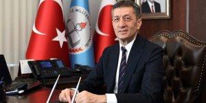"""Bakan Ziya Selçuk'tan """"tatil"""" açıklaması"""