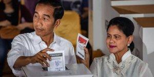 Endonezya'da 92 sandık görevlisi hayatını kaybetti!