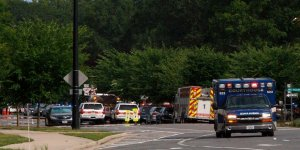 Virginia eyaletinde bir belediye binasında düzenlenen silahlı saldırıda en az 12 kişi hayatını kaybetti