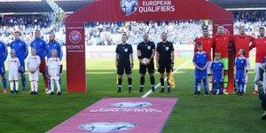 Türkiye İzlanda'ya 2-1 yenildi, grupta ilk mağlubiyetini aldı