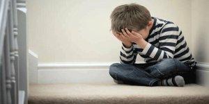 Çocuklarda depresyon neden olur? Tedavisi sağlanmazsa yetişkinlikte de devam ediyor!