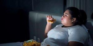 Dikkat! Obezite depresyonu tetikleyebiliyor