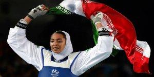 İran'ın tek olimpiyat madalyalı kadın sporcusu ülkeyi terk etti