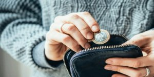 Asgari Ücretin Sadece Bir Dolar Artması, Akıl Sağlığını Şaşırtıcı Ölçüde Etkiliyor