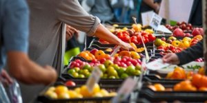 İstanbul'da çocuklar market ve pazar yerlerine alınmayacak