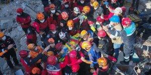 Deprem travmasını en çok kurtarma ekipleri yaşıyor
