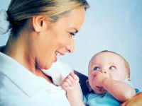 Çalışan Anneler Evde Daha Çok Yoruluyor