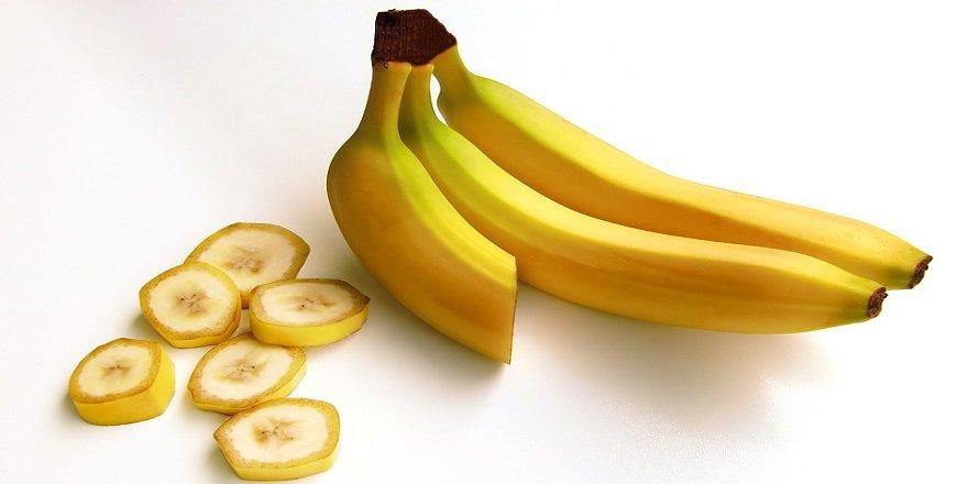 bananas-652497_960_720-001.jpg
