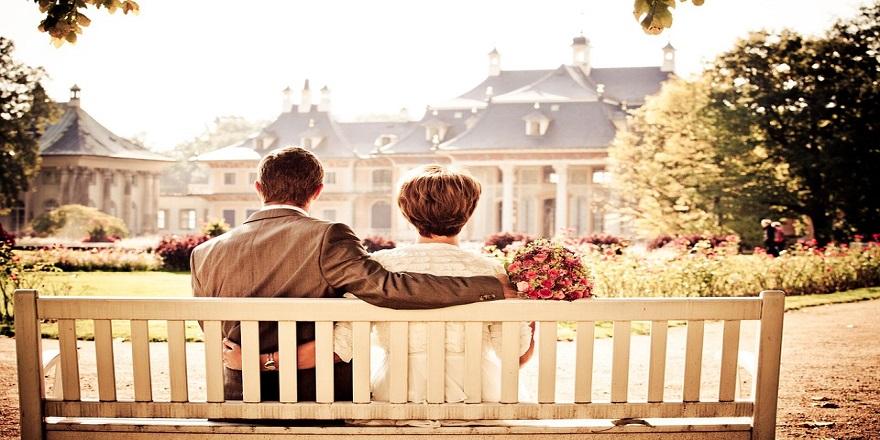 couple-260899_960_720-001.jpg