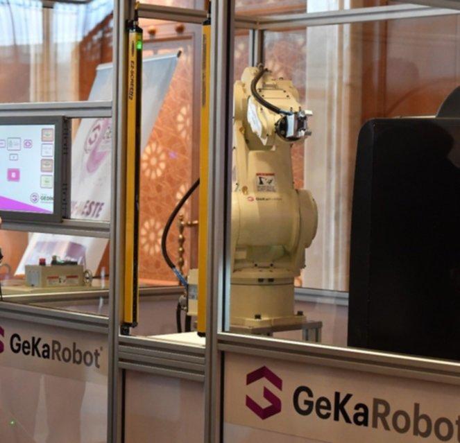 geka-robot-002.jpg