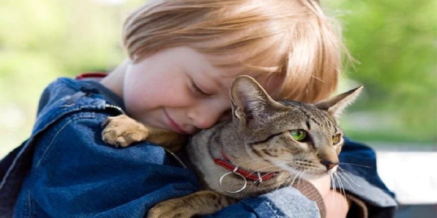 hayvan-sevgisinin-cocuklara-6-olumlu-etkisi-2.jpg