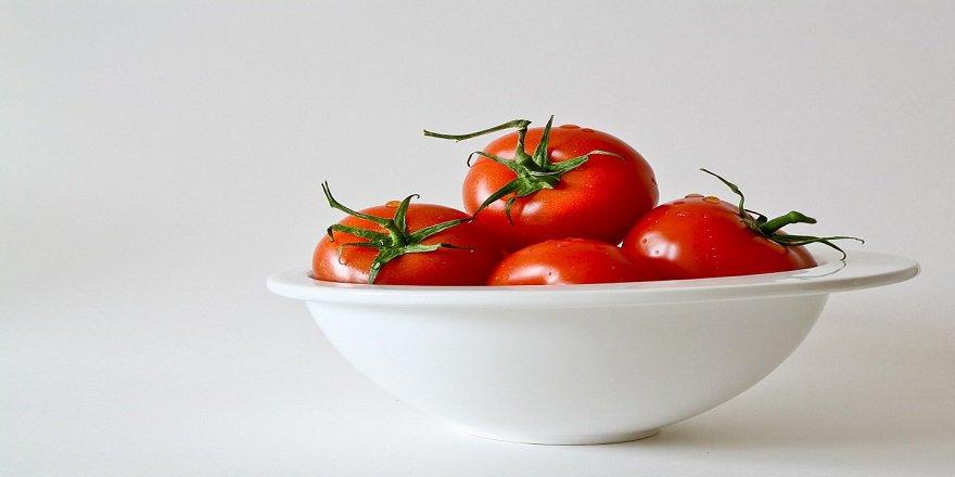 tomatoes-320860_960_720-002.jpg