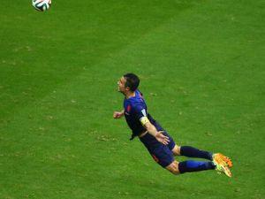 Van Persie İspanya'ya Attığı Kafa Golü