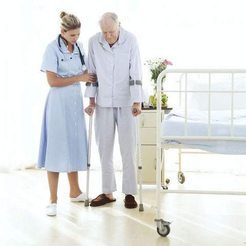 10. İnisitayif kaybı Demans hastası oldukça pasif hale gelmiştir, karar vermekte zorlanır, desteklenmeye ihtiyacı vardır.